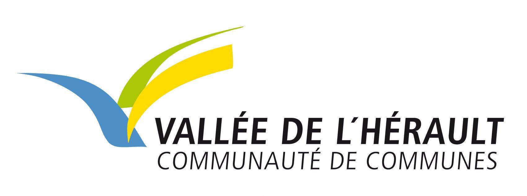 Dans le cadre de la prise de compétence Eau et Assainissement effective depuis le 1er janvier 2018, la Communauté de communes Vallées de l'Hérault s'est équipée de NETGEO, SMARTGEO et de la mobilité pour la gestion de leurs réseaux. Dans ce cadre-là, plusieurs interfaçages ont été réalisés : Interfaçage n°1 : création d'un ETL, pour alimenter la base de données NETGEO avec les données clients ANEMONE contenues dans une base ORACLE Interfaçage n°2 : extraction des PDC concernés par un arrêt d'eau pour publipostage via ANEMONE Interfaçage n°3 : création des demandes d'intervention sur ANEMONE directement envoyées sur SMARTGEO